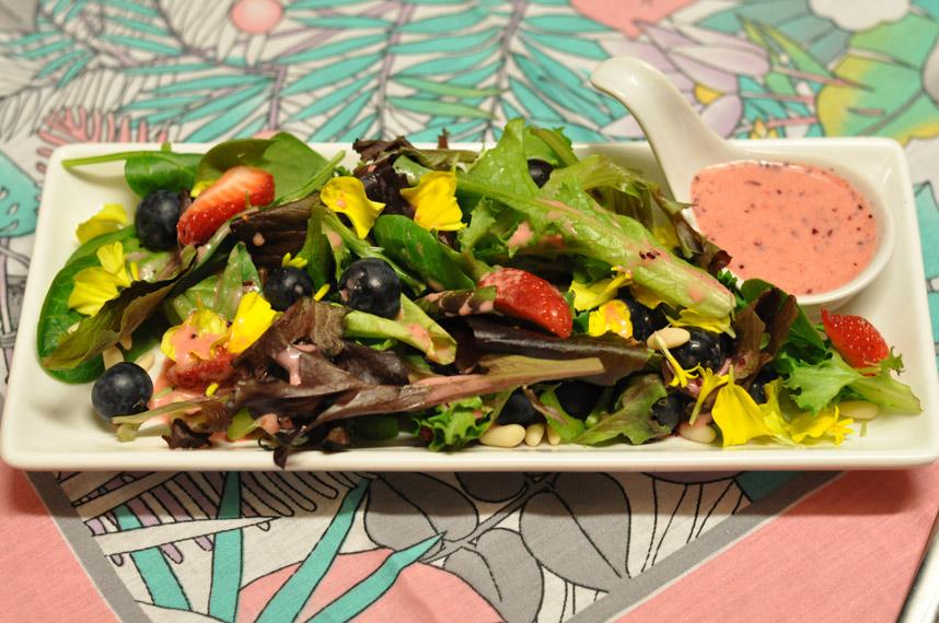 Berry Flower Salad